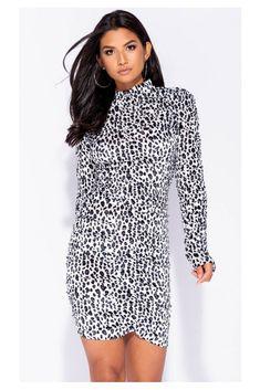 Nuevo vestido estampado leopardo  #motufashionmoda #shoponline  Ref. MS432 High Neck Dress, Dresses, Fashion, Block Prints, Fall Fashion 2018, Fall Collections, Hot Clothes, Clothing Stores, Fashion Trends