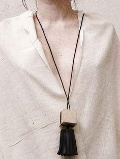 mona velciov monotip/leather jewelry/clockwise mechanism
