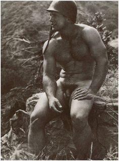 http://naked-man-project.com/joomla/en/downloaded-images-i-love