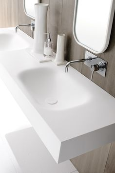 Moode | washbasin countertop by @rexadesign double corian® washbasin countertop, Moode collection