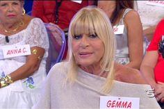 Gemma Galgani Facebook / Uomini e donne gossip: la dama del trono over sorride dopo le critiche
