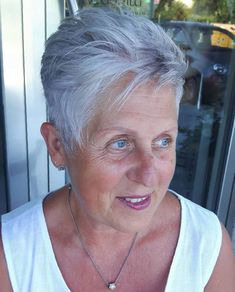 60 Gorgeous Gray Hair Styles : Feathered Pixie Haircut For Older Women Short Grey Hair, Very Short Hair, Short Hair Cuts For Women, Gray Hair, Haircut For Older Women, Short Hairstyles For Women, Hairstyles Haircuts, Short Haircuts, Hairdos