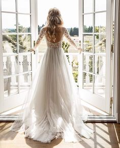 beautiful bridal balcony for bride getting ready on wedding day. Long sleeve lace wedding gown with low back. Long blonde curls for wedding hairstyle Wedding Goals, Chic Wedding, Perfect Wedding, Wedding Story, Lace Wedding, Wedding Bride, Mermaid Wedding, Elegant Wedding, Rustic Wedding