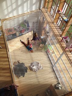 wtf thats amazing i want one. I could easily see my life on the back and actually have a happy place. the book shelf can be built wall mounted or customizable pegboard too. Hammock Netting, Indoor Hammock, Hammock Bed, Expo Habitat, Casas Containers, Filets, Catamaran, Dream Rooms, Interior Design Living Room