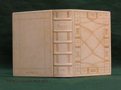 Voilà! Grazie a Hans Rainer(Antica Legatoria Viali), www.feinleder-hoffmann.com , Kevin Noakes, Lucia (Antica Legatoria Viali)...  #legatoria #legatoriaviali #viterbo #rilegature #bookbinding #bookbinder #rilegatura #artesan #artigianato #artigiano #italie #italia #rilegare #libri #books #artigianatoartistico #rilegatore #igersitalia #igersviterbo #tuscia #montaigne #saggi #libro #incisione #punzoni #fattoamano #handmade