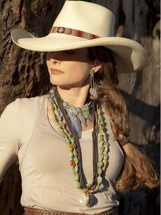Wyoming Pinch Front Panama Hat by Brit West Don't know what I love more; her hair, the hat or that cool choker,
