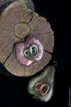Броши ручной работы. Ярмарка Мастеров - ручная работа брошь Яблочко Наливное из меди и латуни (брошка Яблоко металл). Handmade. by Elena Schelchkova 2015