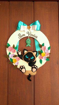 Purina Dog Food, Felt Wreath, Felt Bunny, Christmas Crafts, Christmas Ornaments, Felt Animals, Handmade Flowers, Felt Crafts, Craft Stores