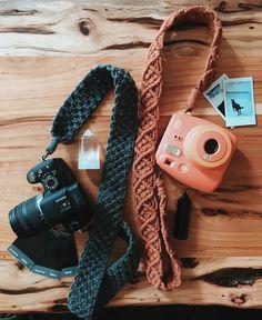 Macrame Art, Macrame Design, Macrame Projects, Crochet Projects, Macrame Jewelry, Quilting Projects, Sewing Projects, Crochet Crafts, Yarn Crafts
