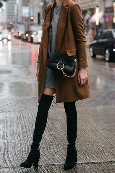 Best Cross Body Bags / street style fashion #fashion #womensfashion #streetstyle #ootd #style /Pinterest: @fromluxewithlove