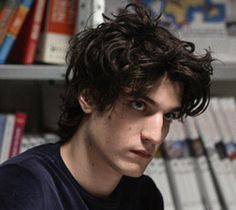Louis Garrel with the best hair to boot Louis Garrel, Pretty People, Beautiful People, Men Aint Shit, Harry Lloyd, Face Claims, Guys And Girls, Character Inspiration, The Dreamers
