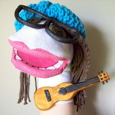7 Super Fun DIY Sock Puppets | This DIY idea is really funny. Create your own puppet by doing this tutorials and tips!