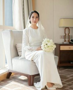 Simple wedding dress kurung white is part of Wedding - Muslimah Wedding Dress, Modest Wedding Gowns, Muslim Wedding Dresses, Muslim Brides, Dream Wedding Dresses, Wedding Attire, Bridal Dresses, Prom Dresses, Malay Wedding Dress