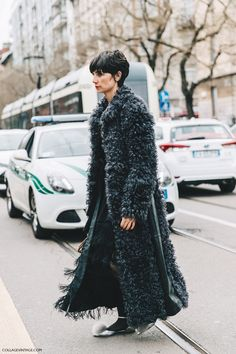 Milan_Fashion_Week_Fall_16-MFW-Street_Style-Collage_Vintage-Fur_Coat-Eva-