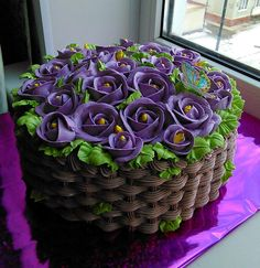 Cake Icing, Buttercream Cake, Fondant Cakes, Cupcake Cakes, Pretty Cakes, Cute Cakes, Beautiful Cakes, Frosting Colors, Frosting Flowers