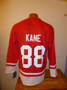 Guess what my wonderful boyfriend got me for Valentine's Day?!?!? I have the BEST boyfriend in the entire WORLD!!! <3 NHL Chicago Blackhawks Patrick Kane 88 Mens Hockey Jersey L | eBay