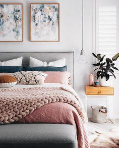 Conseils pour choisir un lit adapter à la surface de sa chambre et sélection de lit design.