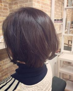 本日のお客様 長年ロングヘアーをばっさり ナチュラルボブに 後ろ側のうねりのクセをストレートで伸ばしてデジタルパーマをゆるくかけて春らしくなりました() #デジタルパーマ #ストカール #ボブ #creer_for_hair #鹿児島市美容室 #鴨池