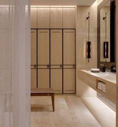 The Park Hyatt Bangkok spa is bathed in a soothing, warm neutral palette.⠀⠀… The Park Hyatt Bangkok spa is bathed in a soothing, warm neutral palette. Spa Interior Design, Gym Interior, Küchen Design, Bathroom Interior, Bathroom Spa, Small Bathroom, Locker Room Bathroom, Bathroom Mirrors, Washroom