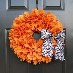 Im thinking about making a football wreath this week for my favorite football player & cheerleader =)  Love this with a big W.