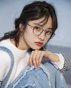 Image about girl in Shen Yue by marti on We Heart It Meteor Garden Cast, Meteor Garden 2018, Dramas, A Love So Beautiful, Fashion Background, Chines Drama, Cute Actors, New Year Concert, Girls With Glasses