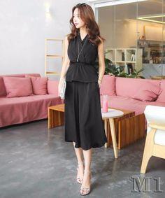 Set áo và quần suông có túi màu đen dễ thương