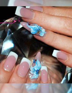 Artistic nail art from our professional Nail artist!.  #AfrinaBeauty #beautysalonUAE #Mirdiff #AfrinaBeautySalon #Dubai #Sharjah #nail #nailart #naildesign