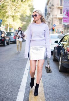 All the best street style from the Milan Fashion Week Spring 2017 shows, including outfit inspiration from outside Gucci, Prada, Moschino, and more. Milan Fashion Week Street Style, Milan Fashion Weeks, Spring Street Style, Cool Street Fashion, Street Style Looks, Winter Outfits, Fashion Outfits, Fashion Tag, Style Inspiration