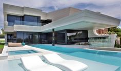 Balcony House by A-cero