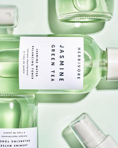 Give toxins the slip without taking a sip. Jasmine Green Tea Balancing Toner is live. Link in bio💚💚 Green Tea Oil, Jasmine Green Tea, Still Life Photographers, Cosmetic Packaging, Organic Skin Care, Diy Beauty, The Balm, Cosmetics, Beautiful