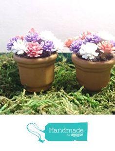 Set of 2 miniature fairy garden flower pots. Pink, purple, and white. from Puppy Love Miniature https://www.amazon.com/dp/B01IFX8I2K/ref=hnd_sw_r_pi_dp_ymbIxb9YPCPDV #handmadeatamazon
