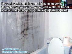 Votre rideau de douche en plastique est moisi ? Eh oui, ça arrive souvent après quelques mois d'utilisation. Mais ne le jetez pas pour autant ! Il existe une solution économique et naturelle pour le récupérer. L'astuce est d'utiliser du vinaigre blanc pour le nettoyer et enlever les moisissures. Regardez :