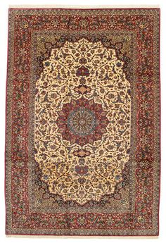 Isfahan silk warp carpet 197x304. This carpet is knotted in the city of Isfahan in southwestern Persia. The carpet is thought to be the finest of all Persian carpets today.