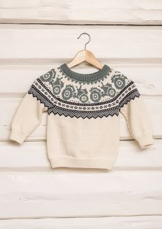 Traktorgenser pattern by Sandnes Garn Baby Boy Knitting Patterns, Baby Sweater Knitting Pattern, Fair Isle Knitting Patterns, Knitting For Kids, Knitting Designs, Knit Patterns, Handgestrickte Pullover, Baby Sweaters, Christmas Knitting