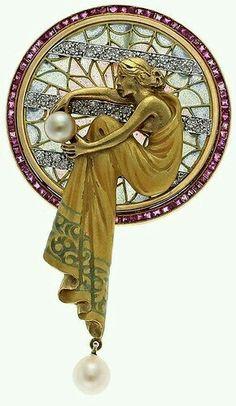 Beautiful Art Deco Art Nouveau jewelry - Beauty will save Bijoux Art Nouveau, Art Nouveau Jewelry, Jewelry Art, Vintage Jewelry, Jewellery, Gold Jewelry, Vintage Brooches, Crystal Jewelry, Diamond Jewelry