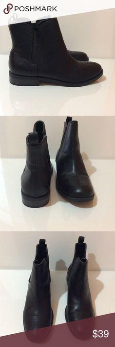 Dexflex by dexter Chelsea boots New without box. Dexflex by dexter Shoes Ankle Boots & Booties