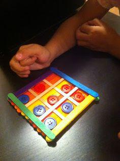 ΠΑΡΕΑ ΜΕ ΤΗ ΜΑΙΡΗ: ΠΑΙΖΟΥΜΕ ΤΡΙΛΙΖΑ Plastic Cutting Board, Cards, Maps, Playing Cards