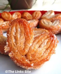 These cinnamon palmiers are very addictive because they are so crunchy and sweet. They are also a treat that anyone can make because the recipe is so easy!