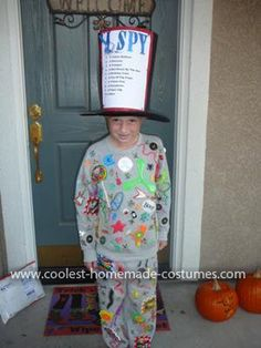 """Homemade """"I Spy"""" Costume: This I Spy Costume was so fun and easy to make, economical too. It won a prize at school for my son. He loves reading I Spy books and I wanted to find"""