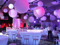 28 Beautiful Purple Party Theme Design For Wedding Reception Look More Luxury Graduation Party Themes, Prom Themes, Christmas Party Themes, Gala Themes, Lila Party, Elegant Party Decorations, Corporate Event Design, Diamond Party, Purple Themes