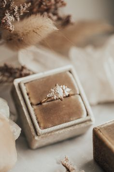Wedding Goals, Our Wedding, Dream Wedding, Wedding Rings, Dream Engagement Rings, Wedding Engagement, Vintage Engagement Rings, Ring Verlobung, Gold Ring