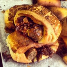 Sausage and caramelised onion roll by @beas_bloomsbury @maltbystMkt