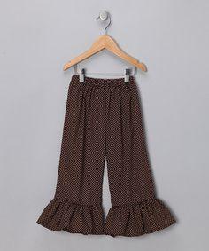 ruffle pants - great wardrobe staple