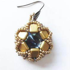 Vergoldeter Schmuck - denim blue Ohrringe - ein Designerstück von tizianat bei DaWanda