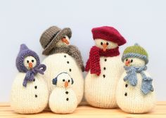 snow family, how cute are these? Pattern from PATTERNFISH