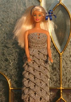 Etsy listing at https://www.etsy.com/listing/93618779/inst-download-barbie-crochet-crododile