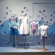 Escaparate moda infantil Modas Olga.  windowshop windowdisplay vitrina vitrines