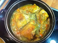 Pollo Queso, Curry, Chicken, Meat, Ethnic Recipes, Food, Pies, Cooking, Curries