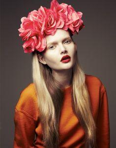 ❀ Flower Maiden Fantasy ❀ beautiful art fashion photography of women and flowers - roses Sarah Seven, Fashion Models, Fashion Beauty, Style Fashion, Fashion Design, Corona Floral, Floral Headdress, Floral Fashion, Orange Fashion