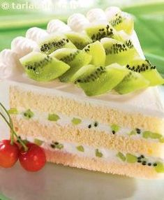No doubt kiwi is an exotic fruit here in india – this pastry presents it in an equally exciting and exotic form!